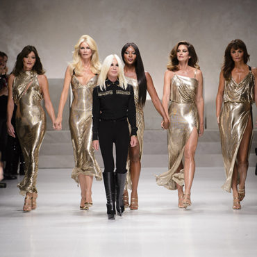 The Original Versace Supermodels Return
